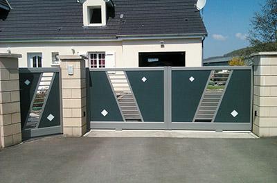 Travaux Confort - Installation de portails et brises vue de marque Cétal